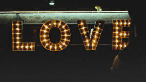 demonstrated interest shows love - clem-onojeghuo-400043-unsplash
