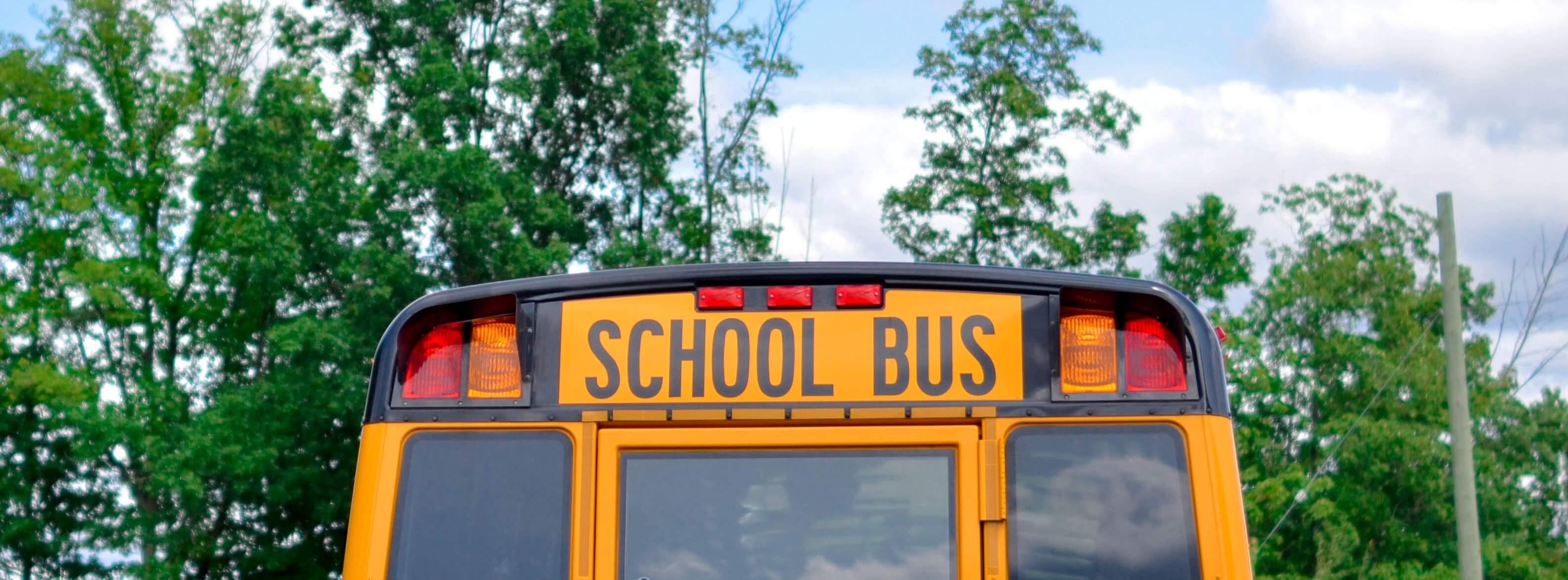school bus banner - element5-digital-7K_agbqPqYo-unsplash